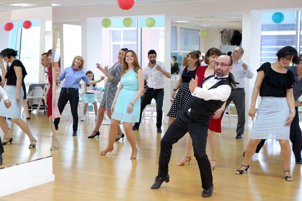 Dansul mirilor 2